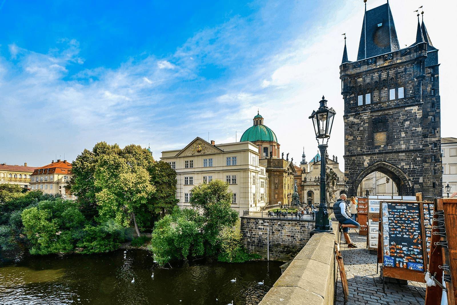 Языковые курсы в Чехии | Цены на изучение чешского языка